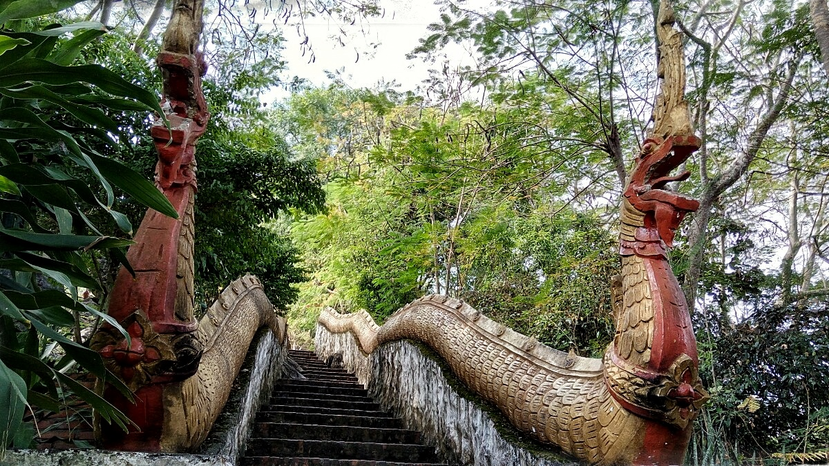 Videonauts Sabbatical Laos Luang Prabang dragon stairs