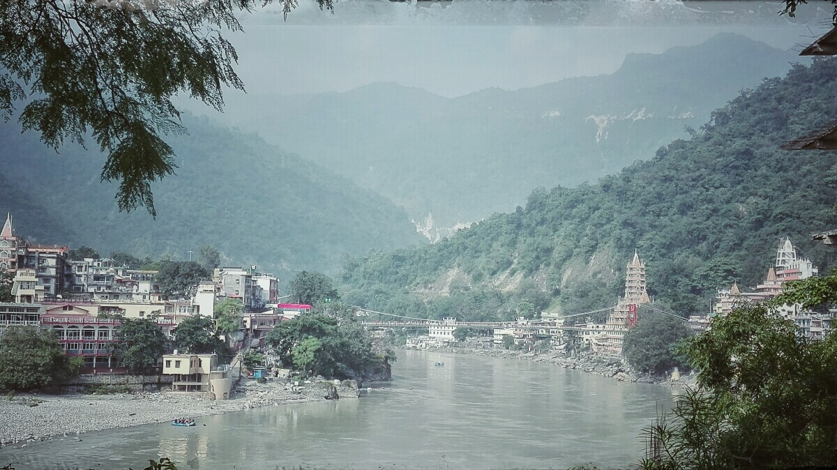 Videonauts backpacking Indien Rishikesh I