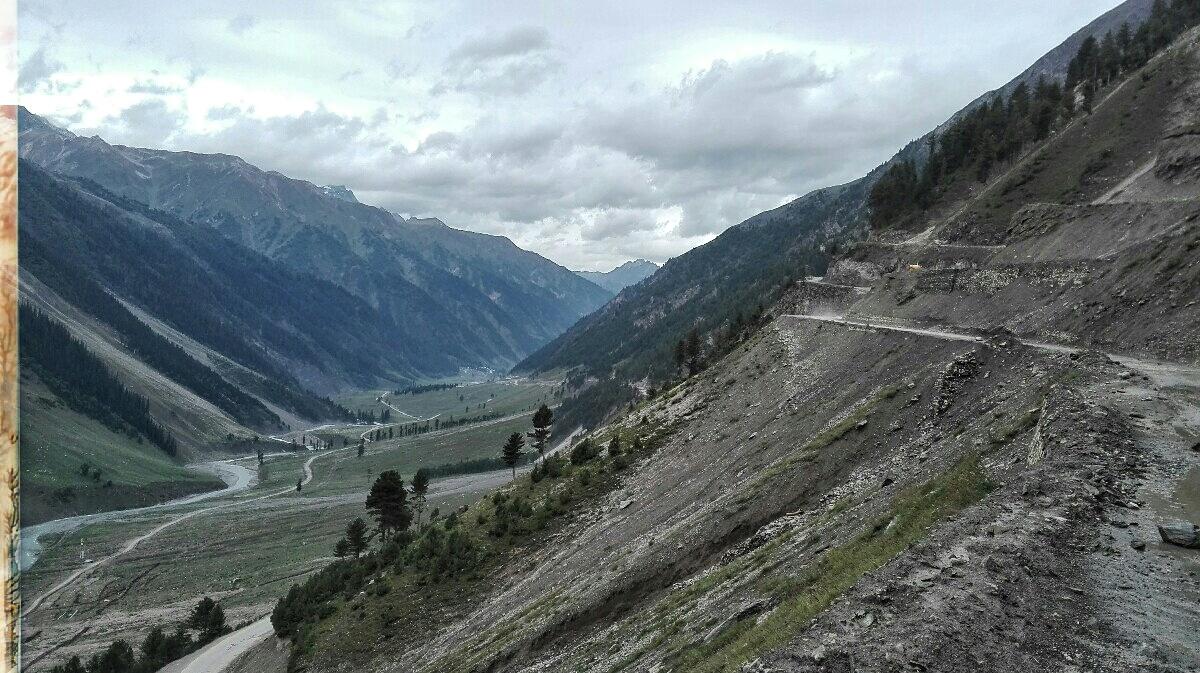 Videonauts backpacking Indien Srinagar to Leh Road II