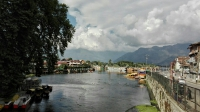 Videonauts backpacking Indien Kashmir Srinagar Dal Lake II