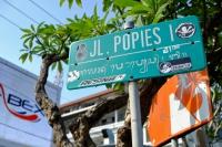 Videonauts Bali Jl Popies backpacking